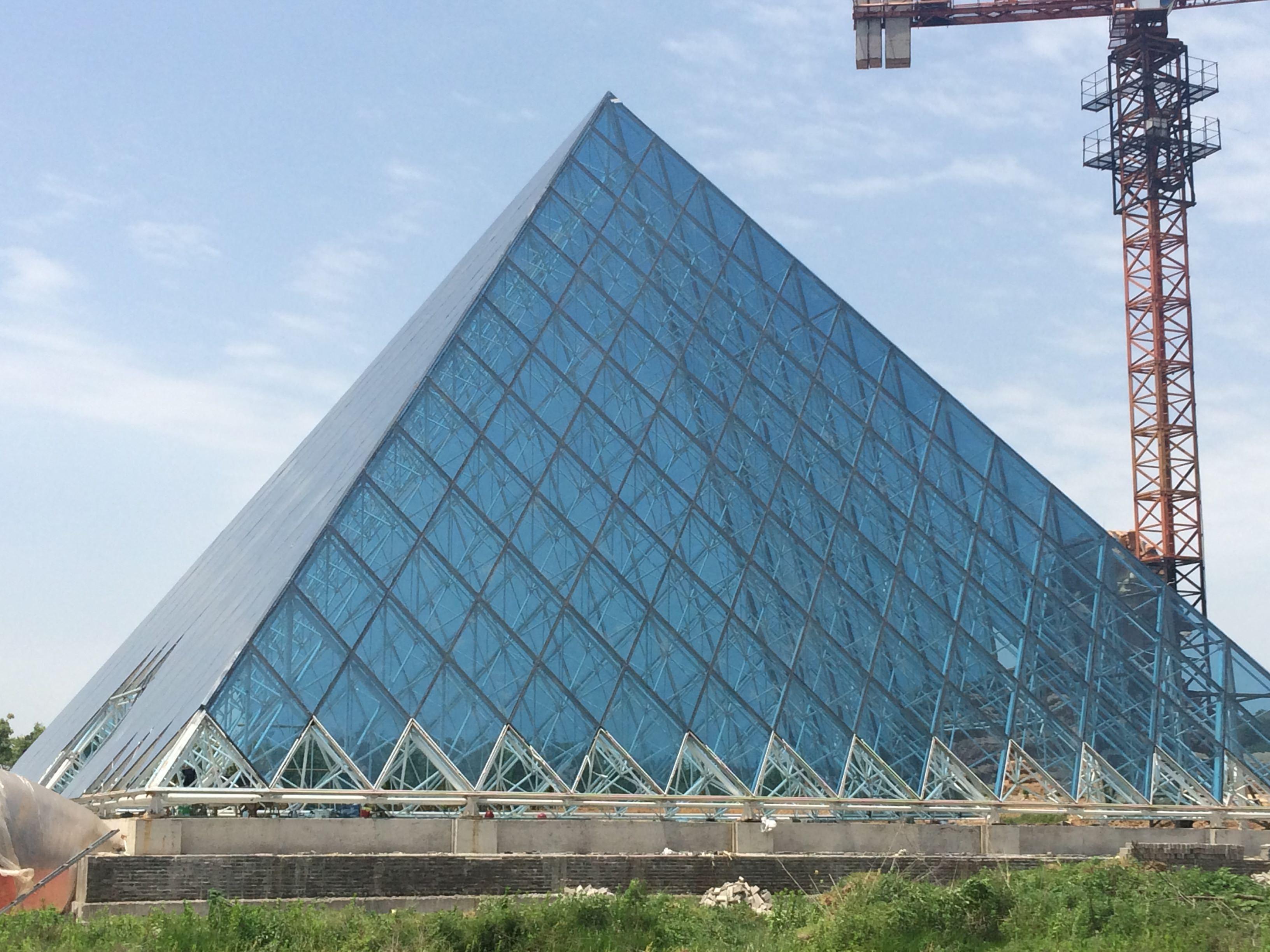 长城金字塔案例